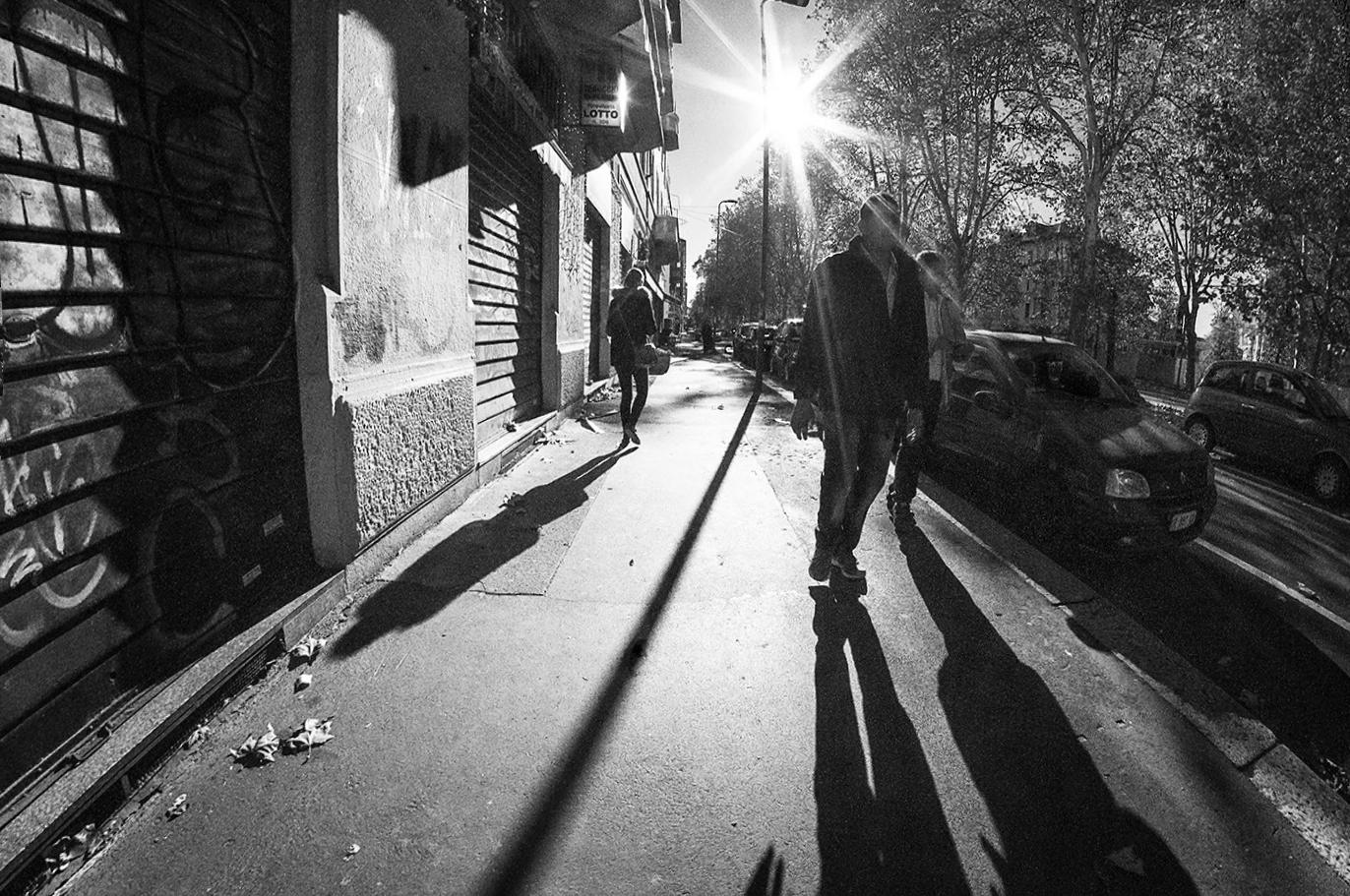MILUNA-Ewa-Milun-Walczak-Mediolan-ludzie-ulica-przechodzni-mediolanczycy-Przechodnie-17